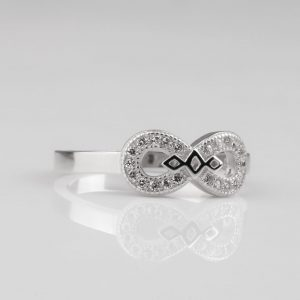 New silver ring for women
